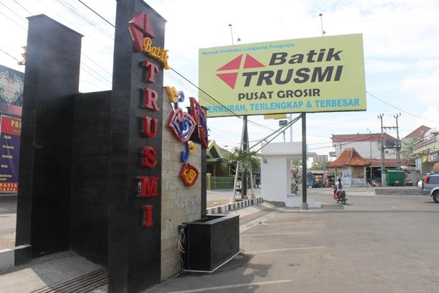 Batik trusmi 593x890