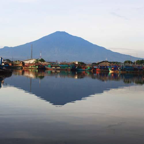 pantai di Cirebon 500x500